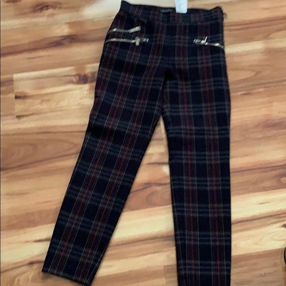 7c02c68c Preowned Zara women's pants xs plaid